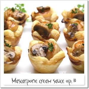 マスカルポーネソース変奏作品10番 ~海老とマッシュルームのパイ~